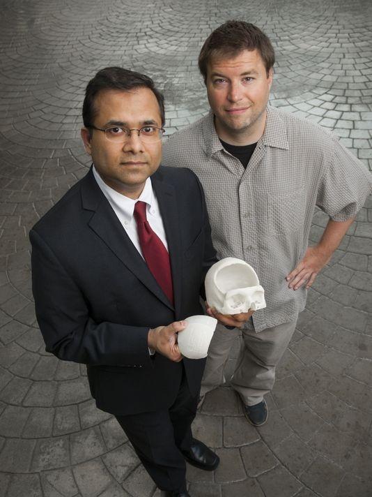 впервые 3д напечатанный череп поместили человеку в голову